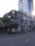 Cho thuê nhà 3T đường Trần Quang Diệu,MT 17m gần CH Monarchy.LH:0905.606.910