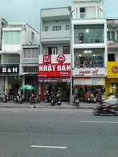 Cho thuê nhà 4 tầng mặt tiền đường Lê Duẩn, trung tâm TP Đà Nẵng, khu phố  kinh doanh