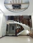 Cho thuê nhà 3T đường Tô Ngọc Vân gần bờ hồ Hàm Nghi 15 tr/ tháng.LH:0983.750.220