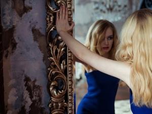 Mẹo phong thủy: Những vị trí cần cân nhắc thật kỹ trước khi treo gương